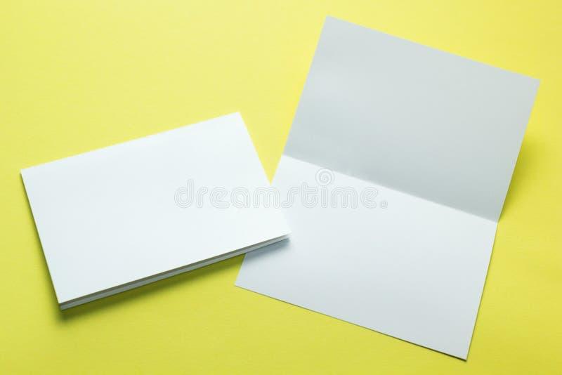 Conception d'identité, calibres d'entreprise, style de société, ensemble de livrets, insecte se pliant blanc vide de papier su image libre de droits