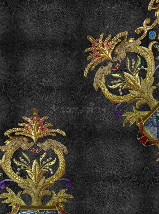 Conception de noir de dragon d'or de broderie image libre de droits