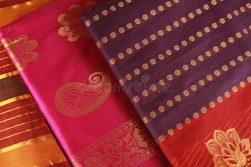 Conception indienne de Saree. photo libre de droits