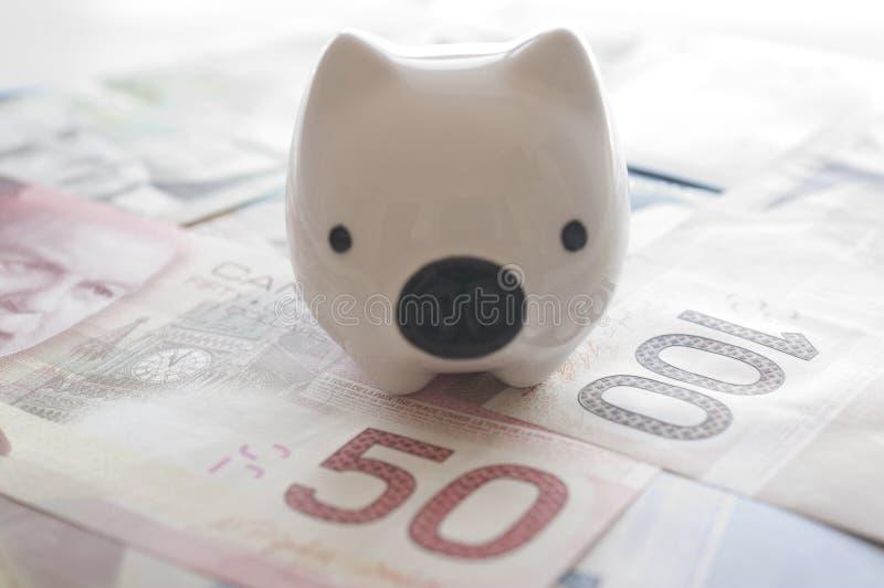 Concepto abstracto del dinero del ahorro fotografía de archivo