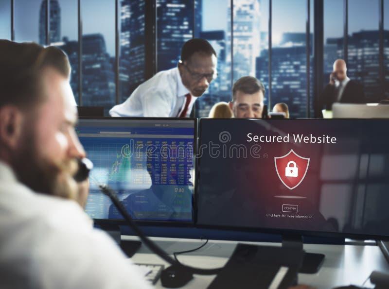 Concepto asegurado advertencia amonestadora del sitio web de la alarma de seguridad fotografía de archivo libre de regalías