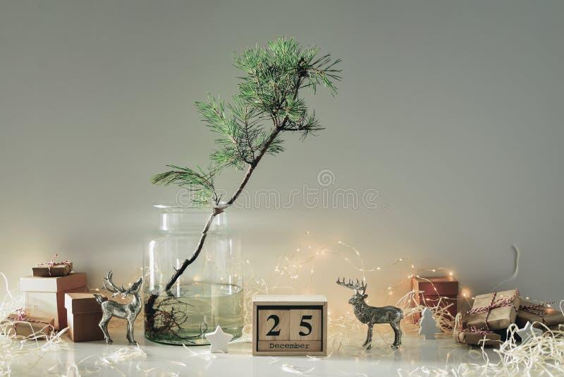 Concepto casero amistoso de la decoración del eco de la Navidad fotografía de archivo libre de regalías