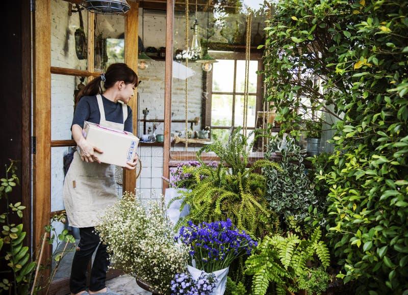 Concepto de Botany Bouquet Blooming del florista de la tienda de la floristería imagenes de archivo