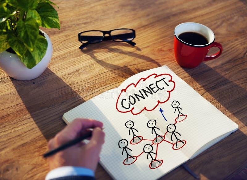 Concepto de Brainstorming About Connection del hombre de negocios imagen de archivo
