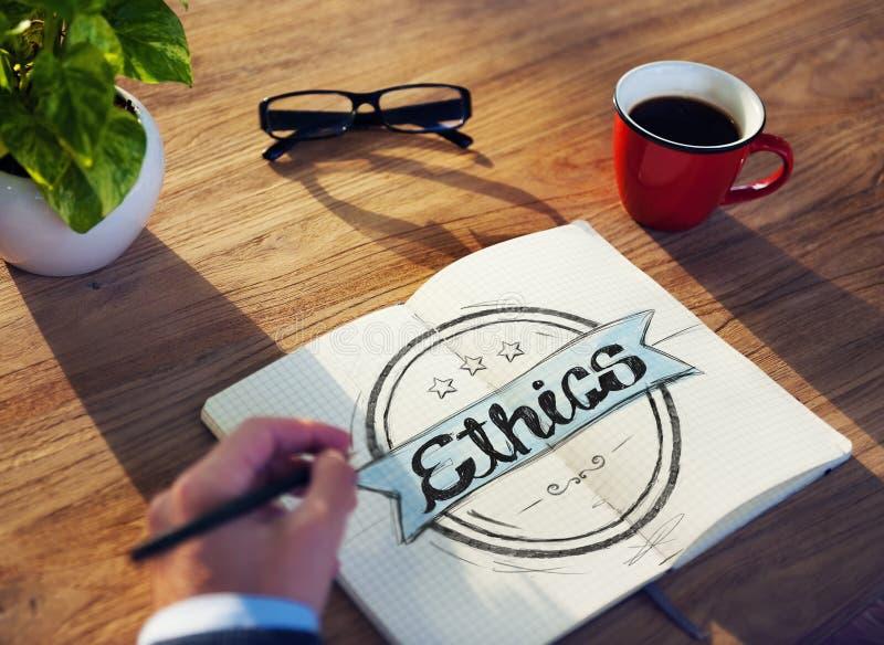 Concepto de Brainstorming About Ethics del hombre de negocios imágenes de archivo libres de regalías