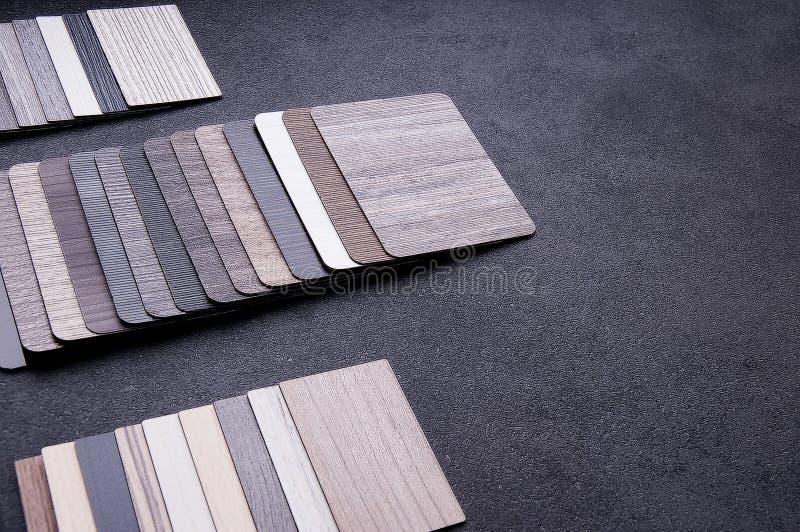 Concepto de diseño material interior Muestras de piso de madera de la textura de baldosa de la lamina y del vinilo chapa de mader imágenes de archivo libres de regalías