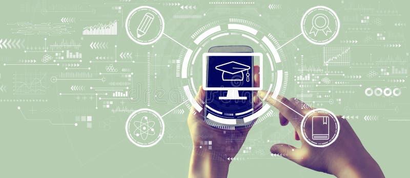 Concepto de E-learning con smartphone foto de archivo libre de regalías