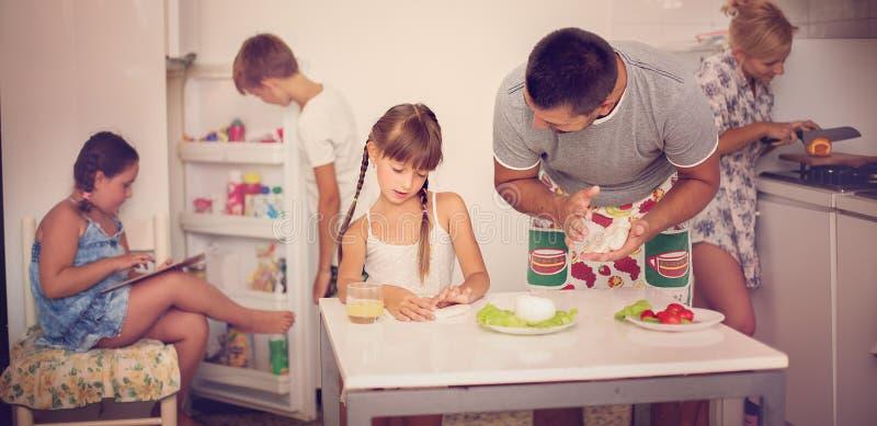 Concepto de familia foto de archivo libre de regalías
