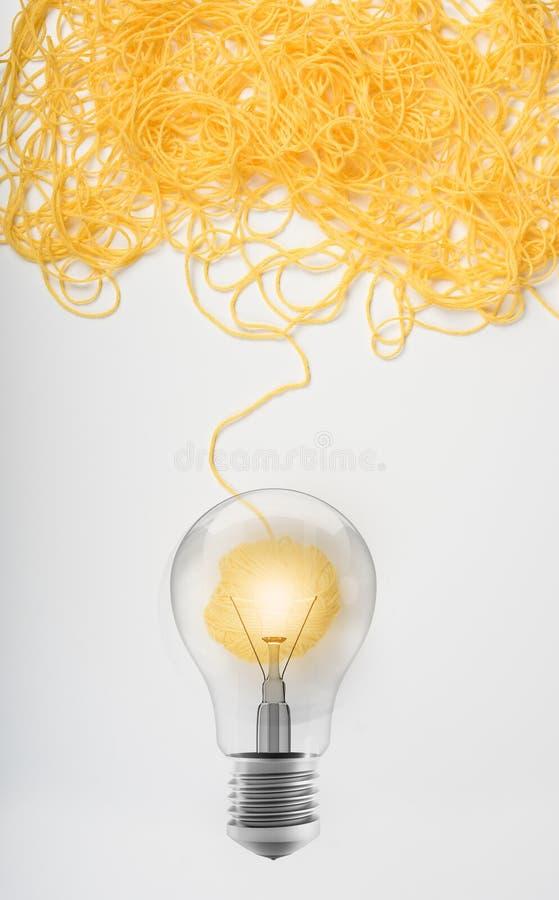 Concepto de idea y de innovación con la bola de las lanas imagen de archivo