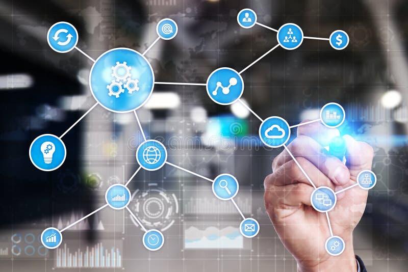 Concepto de la automatización como innovación, mejorando productividad, confiabilidad y repetibilidad en tecnología y negocio fotografía de archivo