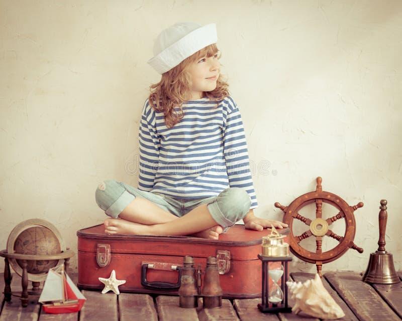 Concepto de la aventura y del viaje imagen de archivo