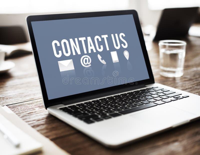 Concepto de la ayuda de la ayuda de la reacción del registro del contacto fotografía de archivo libre de regalías