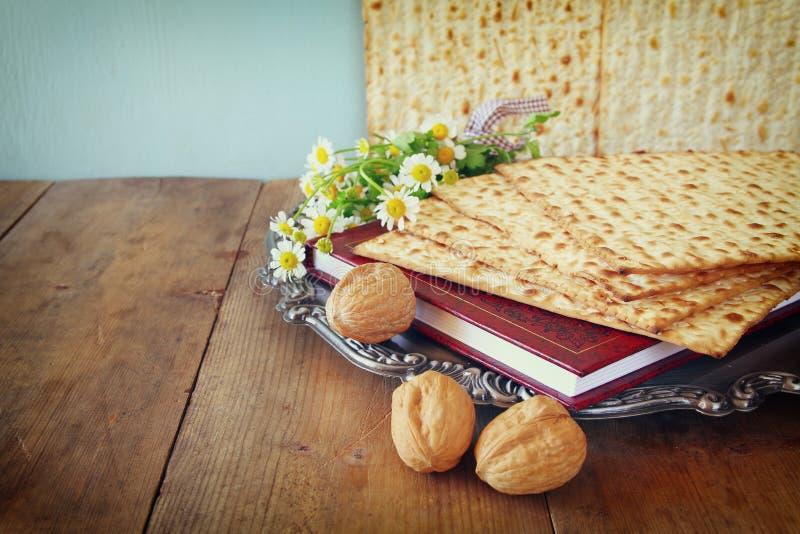 Concepto de la celebración de Pesah (día de fiesta judío de la pascua judía) imágenes de archivo libres de regalías