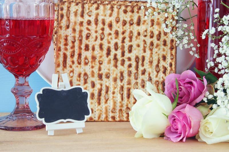 Concepto de la celebración de Pesah y x28; holiday& judío x29 de la pascua judía; fotografía de archivo