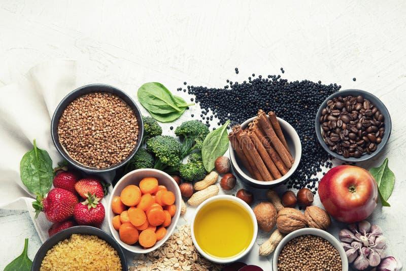Concepto de la comida de la dieta del detox del hígado Comidas para el h?gado sano imágenes de archivo libres de regalías