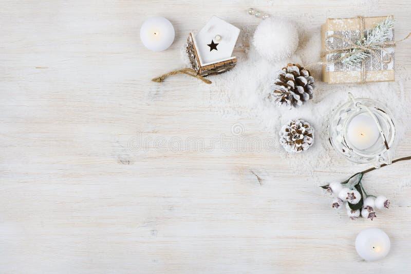 Concepto de la decoración del tiempo de la Navidad Fondo de las vacaciones de invierno foto de archivo