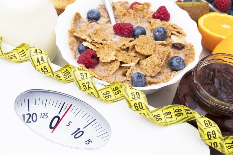 Concepto de la dieta y perder el peso fotos de archivo libres de regalías