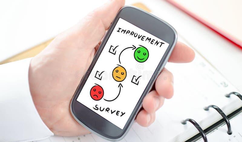 Concepto de la encuesta en un smartphone imagen de archivo