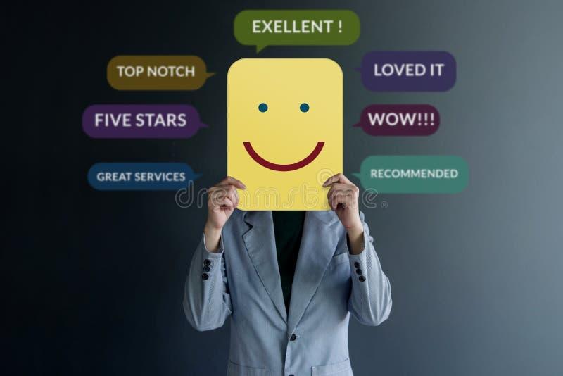 Concepto de la experiencia del cliente Cliente feliz imagen de archivo libre de regalías