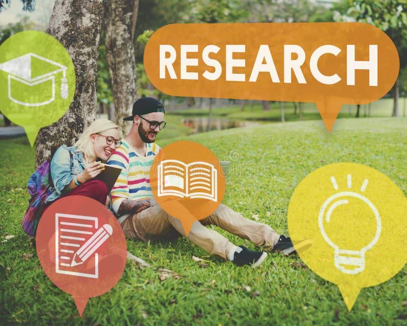 Concepto de la explicación del conocimiento de la reacción de la investigación imagen de archivo libre de regalías