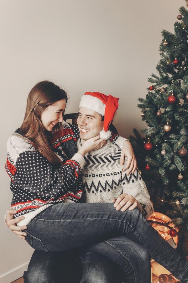 Concepto de la Feliz Navidad y de la Feliz Año Nuevo golpe elegante del inconformista fotos de archivo libres de regalías