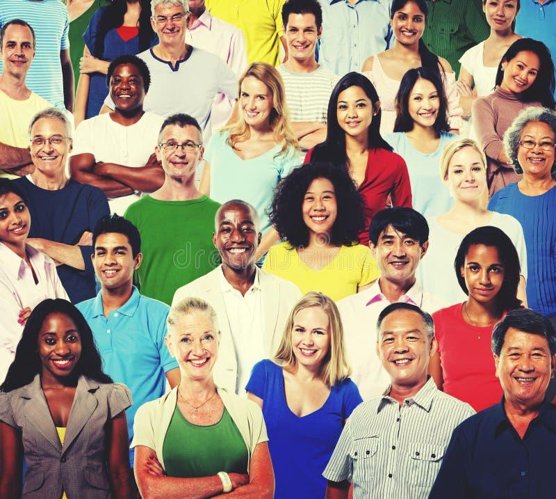 Concepto de la gente de la muchedumbre de la comunidad de la pertenencia étnica de la diversidad foto de archivo