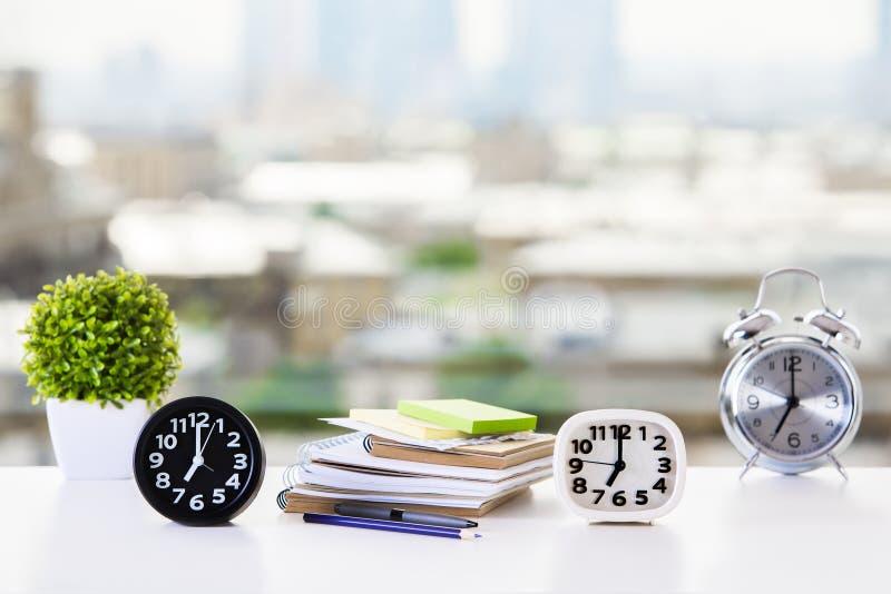 Concepto de la gestión de la educación y de tiempo fotografía de archivo