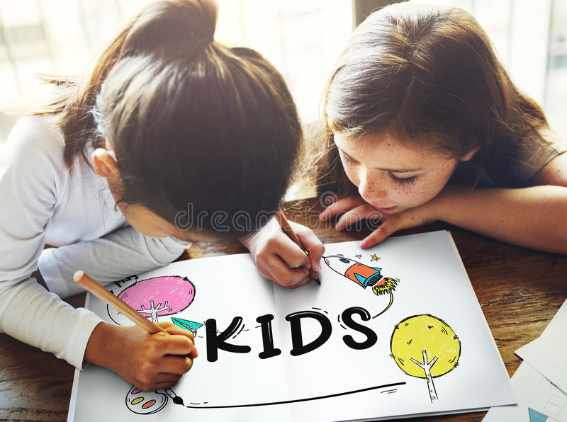 Concepto de la imaginación de la niñez de los niños de los niños foto de archivo libre de regalías