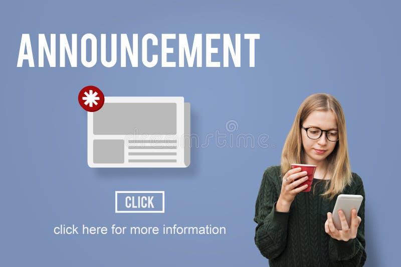 Concepto de la información de la actualización del aviso del hoja informativa de las noticias imagen de archivo