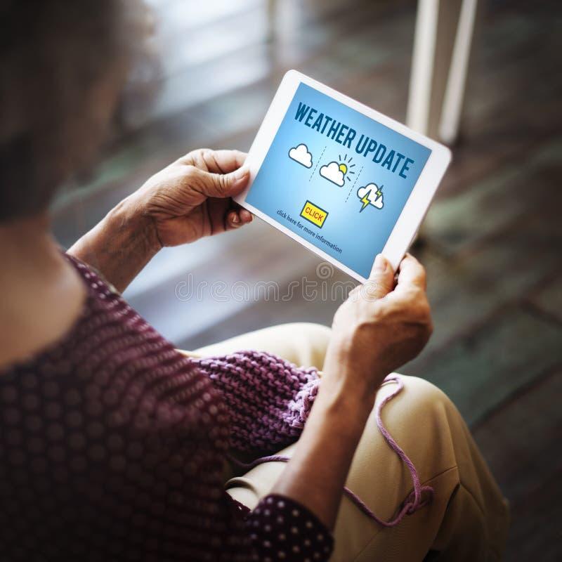 Concepto de la información de las noticias del pronóstico de la predicción de la actualización del tiempo imagen de archivo libre de regalías