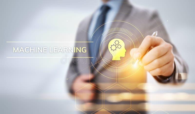 Concepto de la inteligencia artificial del aprendizaje de máquina Hombre de negocios que presiona el botón virtual fotos de archivo libres de regalías