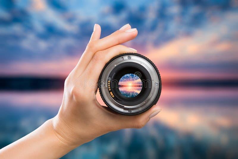 Concepto de la lente de cámara de la fotografía fotografía de archivo