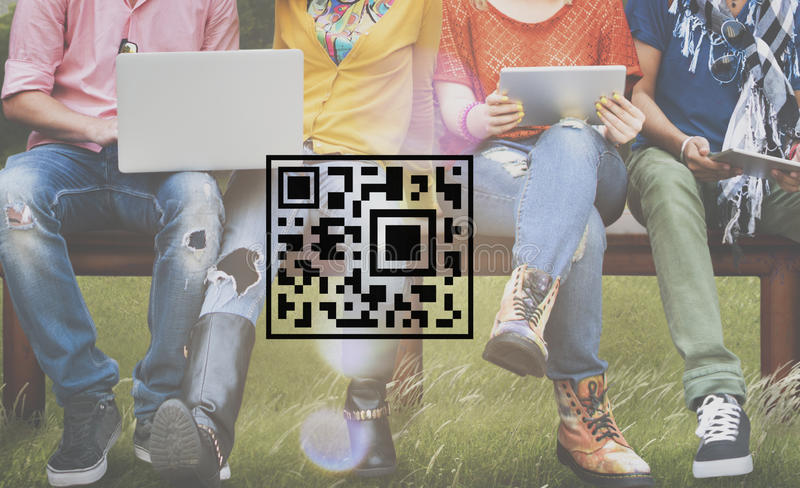Concepto de la mercancía de la etiqueta de la encripción de la codificación del precio del código de QR imagen de archivo