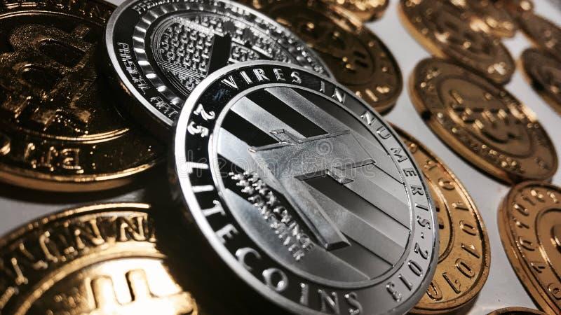 Concepto de la moneda de Litecoin imágenes de archivo libres de regalías