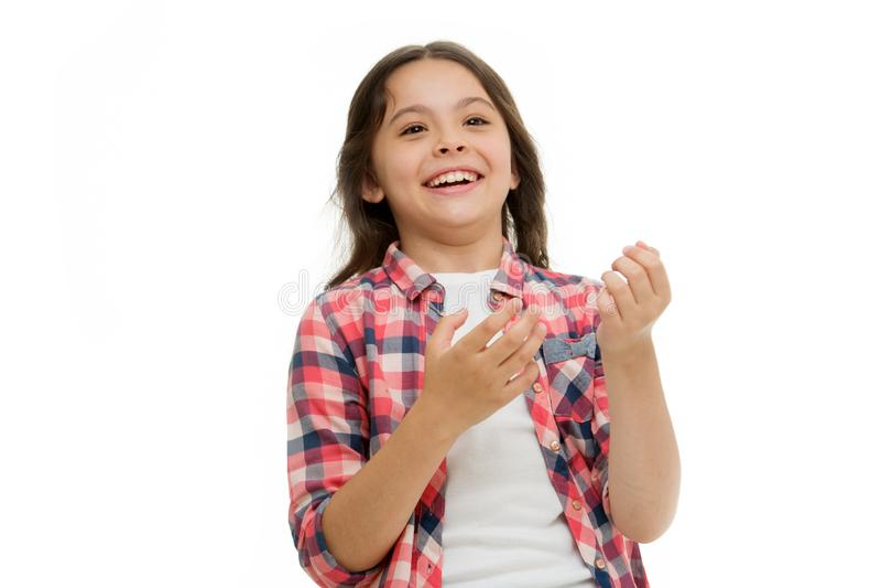 Concepto de la niñez y de la felicidad Embrome con la cara alegre y la sonrisa brillante aisladas en blanco Concepto de las emoci imágenes de archivo libres de regalías