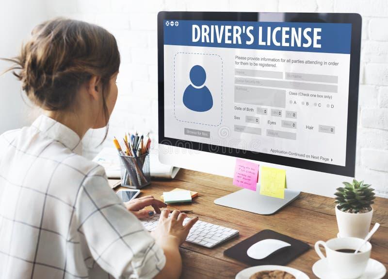 Concepto de la página web del uso del registro de la licencia de conductores foto de archivo