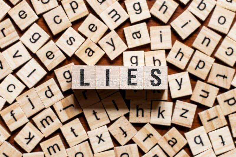 Concepto de la palabra de las mentiras foto de archivo