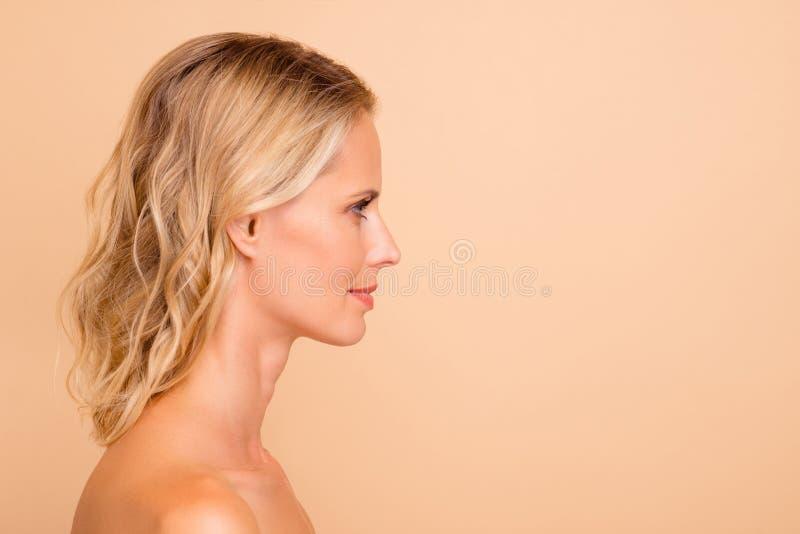 Moda Belleza Y Concepto Femeninos Del Anuncio Skincare Y Salón