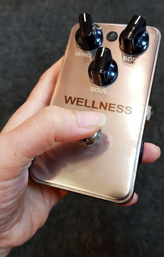 Concepto de la salud usando los diales de la mente, del cuerpo y del alma foto de archivo libre de regalías
