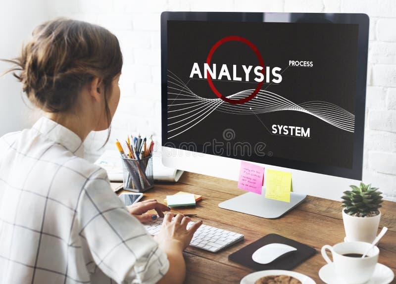 Concepto de la solución de Analysis Process System Company imágenes de archivo libres de regalías