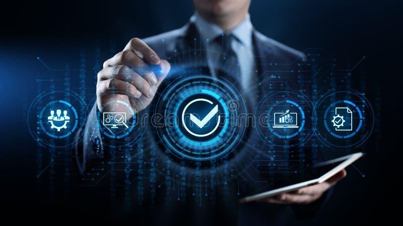 Concepto de la tecnolog?a del negocio del control de la garant?a de las normas de calidad ISO imagen de archivo