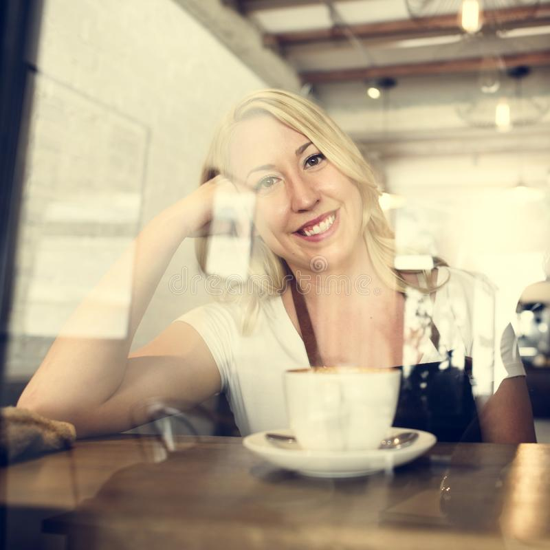 Concepto de la tienda del servicio del delantal de Barista Cafe Coffee Uniform fotos de archivo