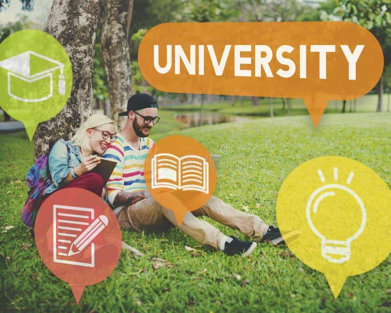 Concepto de la universidad de la educación de la investigación de la universidad imagen de archivo libre de regalías