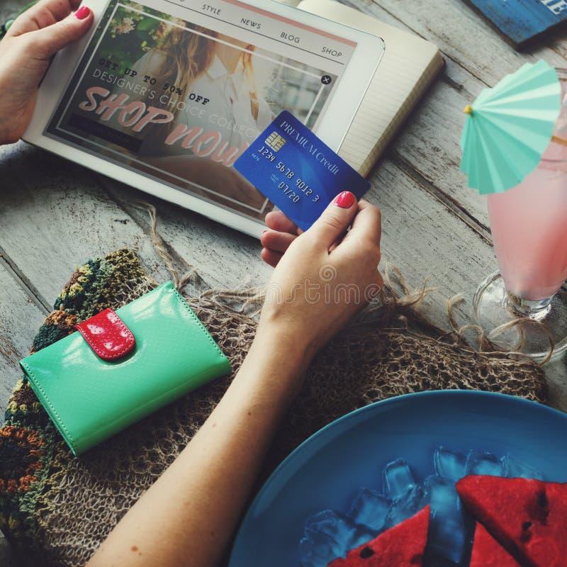 Concepto de la venta de las actividades bancarias del descuento de la promoción de venta del verano fotografía de archivo