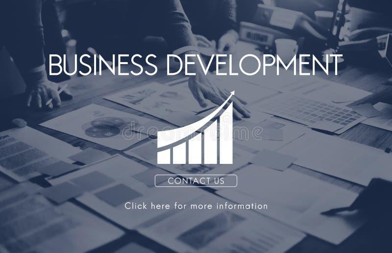 Concepto de lanzamiento de las estadísticas del crecimiento del desarrollo de negocios fotos de archivo