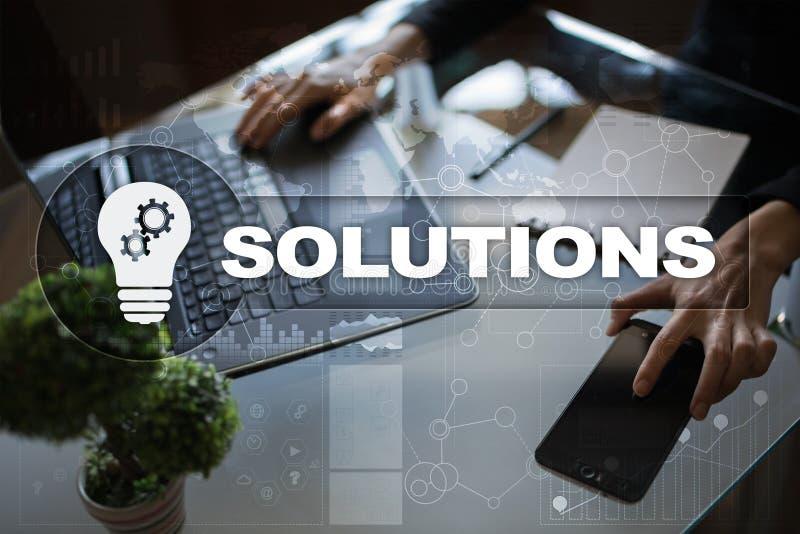 Concepto de las soluciones del negocio en la pantalla virtual fotografía de archivo