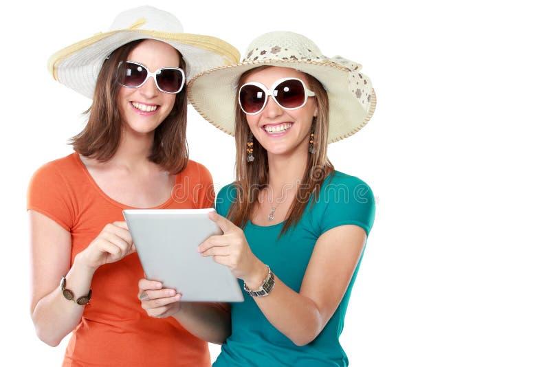 Concepto de las vacaciones de verano, de la tecnología y de Internet imagenes de archivo