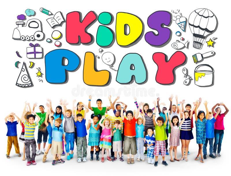 Concepto de los juegos del ocio de las aficiones de la imaginación del juego de los niños imagenes de archivo