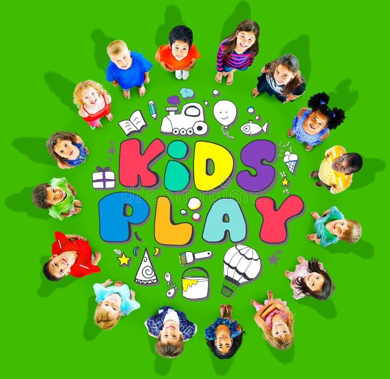 Concepto de los juegos del ocio de las aficiones de la imaginación del juego de los niños foto de archivo libre de regalías