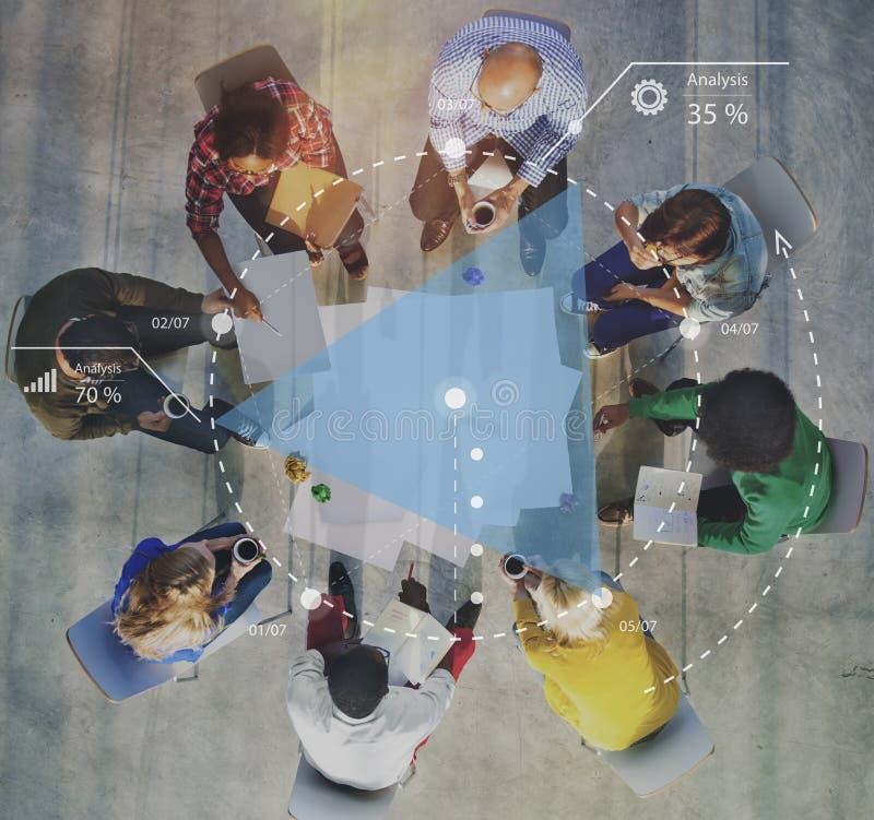 Concepto de planificación de la reunión de reflexión de la estrategia de la discusión del progreso fotos de archivo